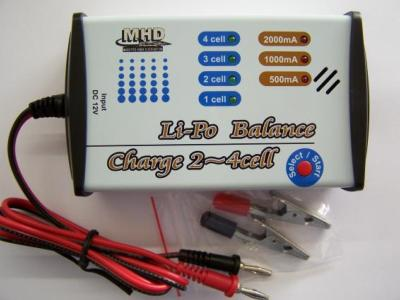 CHARGEUR / EQUILIBREUR LIPO